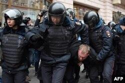 Задержание в центре Москвы, 2 апреля 2017 года