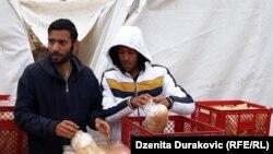 MIgrantët sigurojnë bukën në këtë mënyrë.