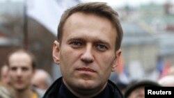 Алексей Навальный на оппозиционном митинге в Москве