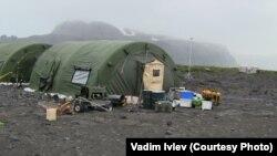 Житло на острові Херд на час експедиції