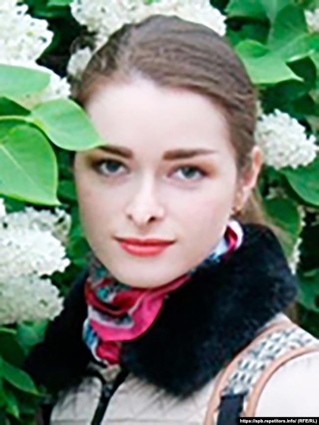 Анастасия Ещенко подрабатывала репетитором