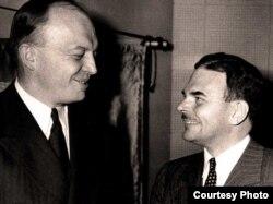 Гарольд Стассен (слева) и Томас Дьюи перед дебатами.