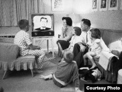 За первыми в истории США теледебатами следила вся страна.
