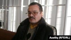 Рәфис Кашапов мәхкәмә бүлмәсендә