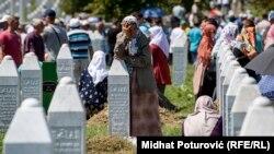 Sa obilježavanja 22. godišnjice genocida u Srebrenici, 11. jul 2017.