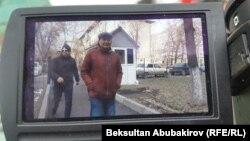 Дуйшенбек Зилалиев доставлен в суд. 9 декабря.