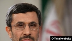 No rift, says Ahmadinejad