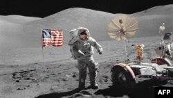 ۱۳ دسامبر ۱۹۷۲؛ تصویر ناسا از یوجین سرنان، آخرین انسانی که بر ماه قدم گذاشت