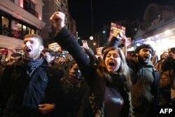 Ердоған үкіметіне қарсы шерудің бірі. Стамбул, 18 қаңтар 2014 жыл. (Көрнекі сурет)
