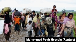Группа беженцев рохинджа в Бангладеш. 1 сентября 2017 г.