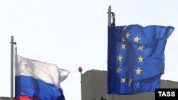 В преддверии саммита Европарламент принял специальную резолюцию, в которой призвал руководство Евросоюза обсудить с российскими лидерами и вопросы, касающиеся Грузии
