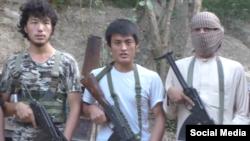 Кадр видео из сети YouTube об участниках экстремистской группировки «Исламское государство».