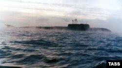 """Подводная лодка """"Курск"""". Фото 1994 года."""