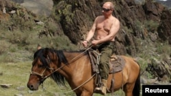 Владимир Путин. Тамыз, 2012 жыл.