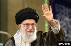 Высший руководитель Ирана аятолла Али Хаменеи на праздновании Национального дня развития ядерных технологий в Тегеране. 9 апреля 2018 года