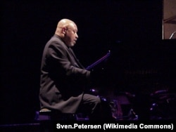 Кенни Баррон, пианист