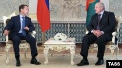 Дзьмітрый Мядзьведзеў і Аляксандар Лукашэнка