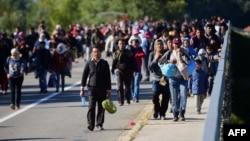 Refugiați la granița dintre Ungaria și Croația, 21 septembrie 2015