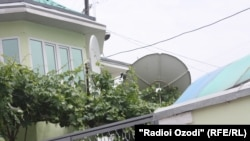 Tajikistan -- Parabolic antenna at the house in Dushanbe, 19May2011