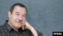 Международный обозреватель РС Ефим Фиштейн