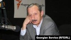 Депутат грузинского парламента, конституционалист Вахтанг Хмаладзе