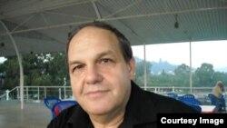 Georgia -- Abkhazia, Sukhumi, journalist Vitali Shariya, 03AprOct2014