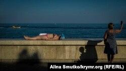 Сезон провален. Почему туристы не доехали до Крыма | Радио Крым.Реалии