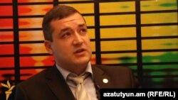 «Բարգավաճ Հայաստան» կուսակցության խոսնակ Տիգրան Ուրիխանյանը: