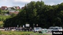 Policija ne dopušta migrantima da uđu u Hrvatsku, granični prelaz Velika Kladuša –Maljevac, 18. juni 2018.