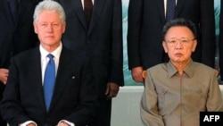 Білл Клінтон на зустрічі з Кім Чен Іром. Пхеньян, 4 серпня 2009 р