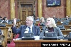 Opozicija koja to faktički i nije: Srpska radikalna stranka