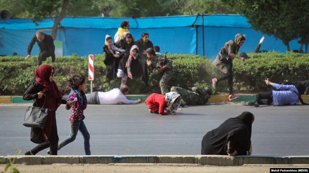 فرماندار اهواز میگوید شمار قربانیان حمله در این شهر افزایشی نداشتهاست