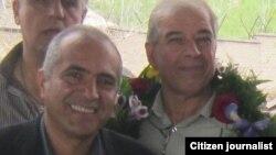 داود رضوی (سمت چپ) و ابراهیم مددی (سمت راست)، دو عضو هیات مدیره سندیکای کارگران شرکت واحد اتوبوسرانی تهران و حومه