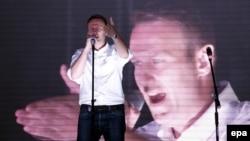 Алексей Навальный на митинге оппозиции в Москве 20 сентября 2015 года