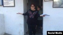 Хадиджа Исмайлова на выходе из тюрьмы, фото Meidan TV