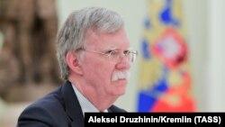 Помічник президента США з національної безпеки Джон Болтон у Кремлі