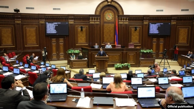 Armenia - Prime Minister Tigran Sarkisian speaks at the National Assembly, Yerevan, 3Oct2012.