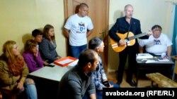 Сьпявае Андрэй Мельнікаў