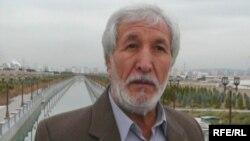 """Aşgabatda ýaşaýan türkmen aktiwisti, """"Agzybirlik"""" halk hereketiniň egindeş başlygy Nurberdi Nurmämmedow"""