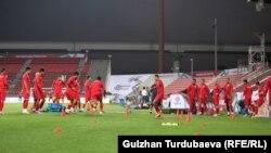 Кыргызстандын футбол боюнча улуттук курама командасы. Рашид стадиону. Дубай шаары.