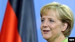 آنگلا مركل، صدر اعظم آلمان، به عنوان رهبر حزب دمكرات مسيحى با كسب اکثریت آراء در پست خود ابقاء خواهد شد.