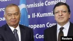 Ислом Каримов Европа комиссияси президенти Баррозо билан кўришмоқда.
