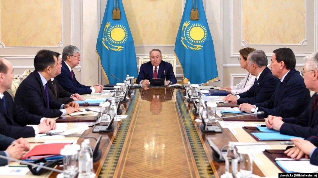Назарбаев отставкадан кейін Қауіпсіздік кеңесінің алғашқы отырысын өткізді