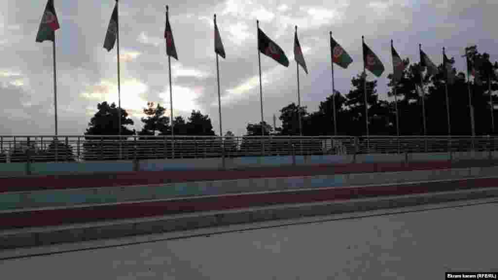 تصاویر از روز بارانی شهر میمنه مرکز فاریاب