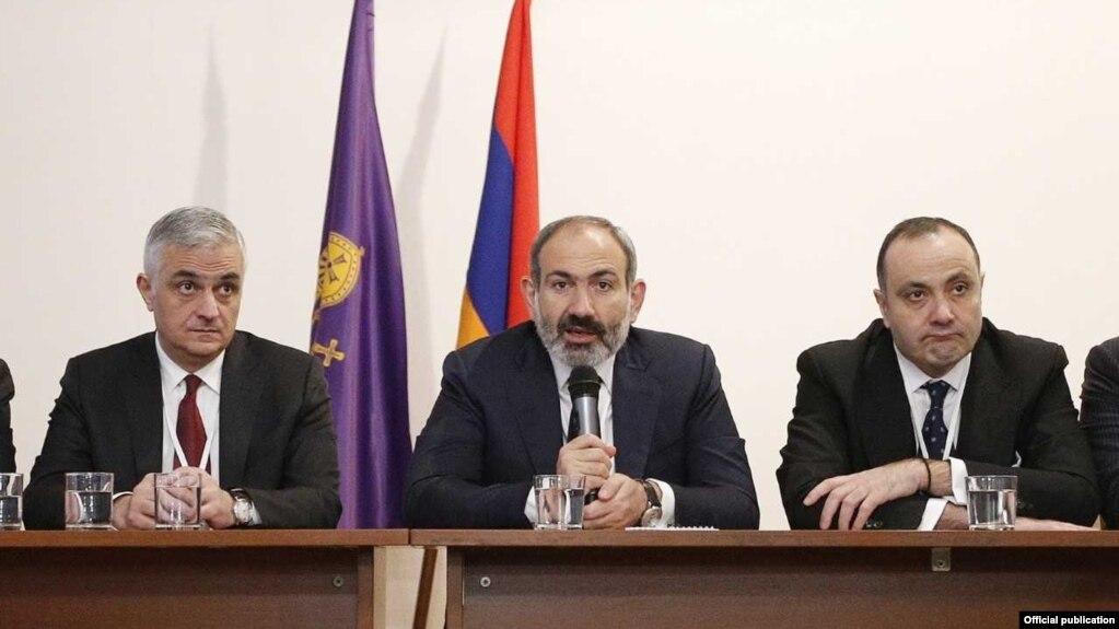 Пашинян: ОДКБ может не позволить Азербайджану податься искушению разрешить нагорно-карабахский конфликт военным путем