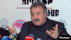 Armenia -- Opposition politician Sasun Mikaelian at a press conference in Yerevan, 17Feb2012