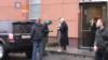 Росія: поліція перевіряє прокремлівську групу через напад на Навального