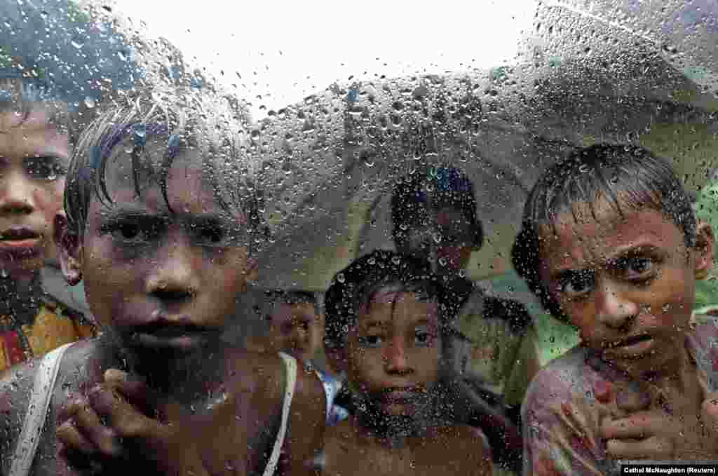 Burmese Rohingya refugee children are pictured in a camp in Cox's Bazar, Bangladesh, on September 19. (Reuters/Cathal McNaughton)