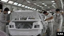 خط تولید کارخانه خودرو سازی سایپا