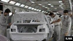 کارخانه سایپا ذر تهران،عکس تزئینی است